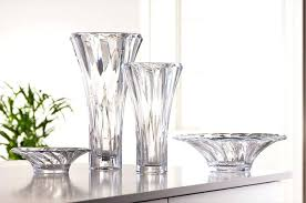 CRYSTAL VASES AND BOWLS