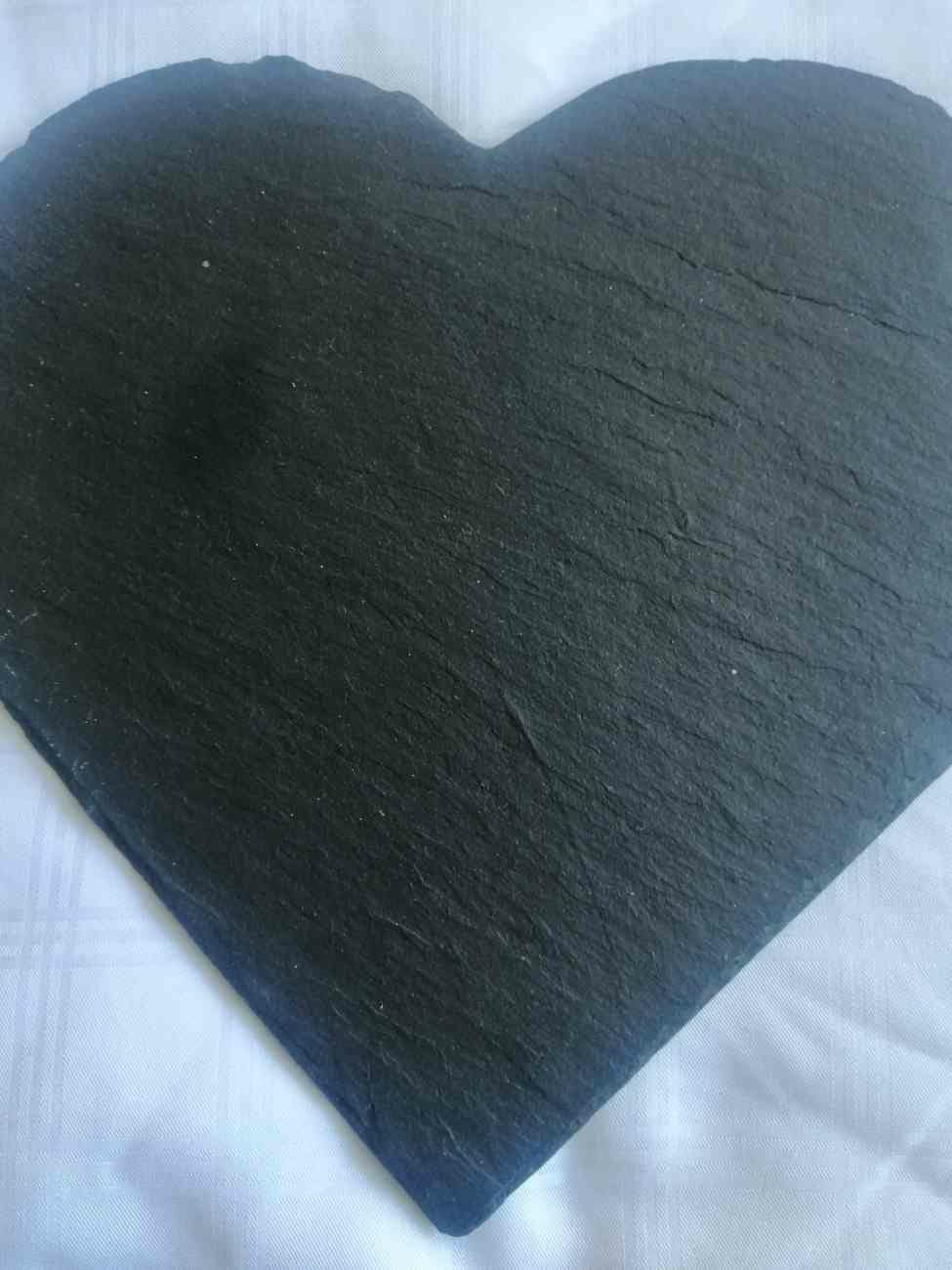 JUST SLATE - SLATE HEART SHAPED PLACE MATS 25x 25cm TM/H2/B ( 1 only avail - set2)